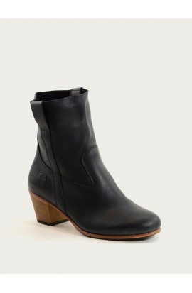 Céleste black calf supple