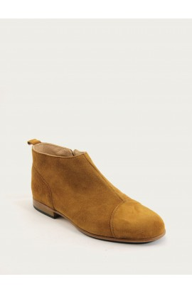 Armelle squirrel suede