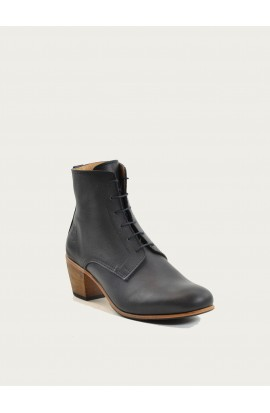 Black bootie made in France